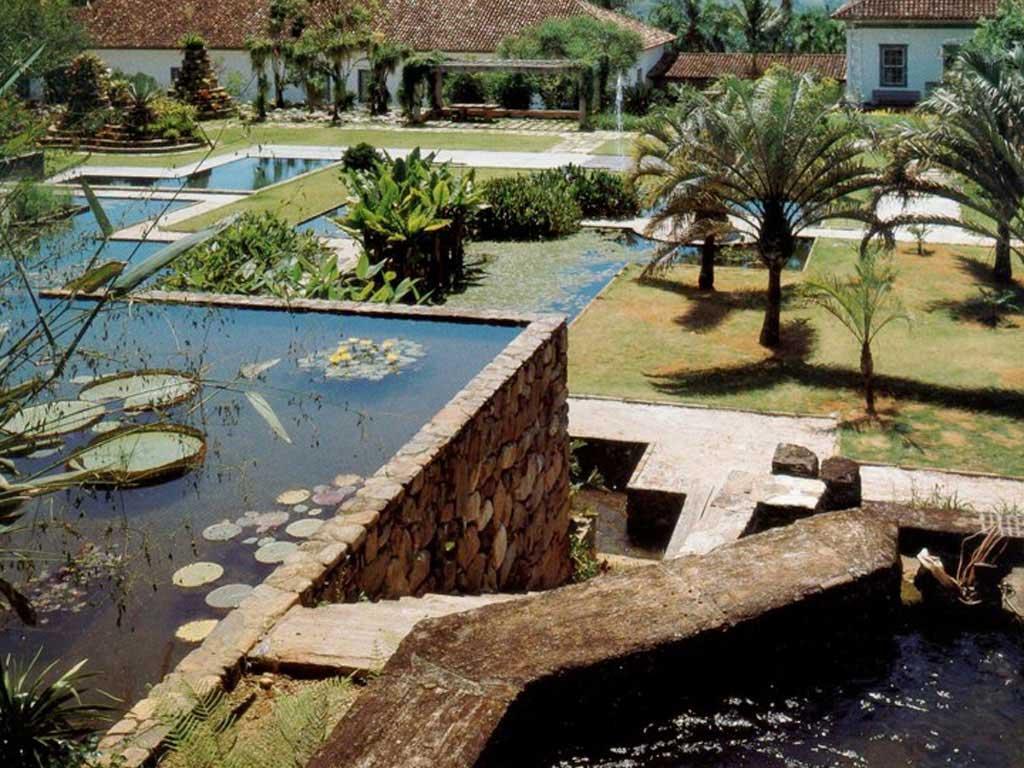 Álbum detalhes - Jardim de Roberto Burle Marx - Fazenda Vargem Grande - Areias/SP